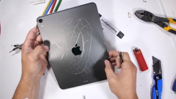 Yeni iPad Pro bükülmeye karşı dayanıklı mı?