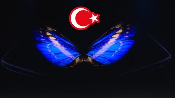 Samsung katlanabilir telefon Türkiye'de ortaya çıktı!