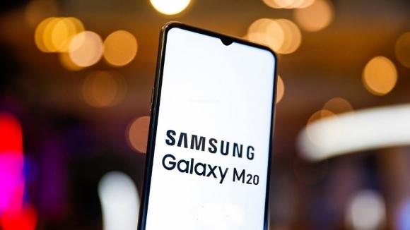 Samsung Galaxy M20 tasarımı tamamen netleşti!