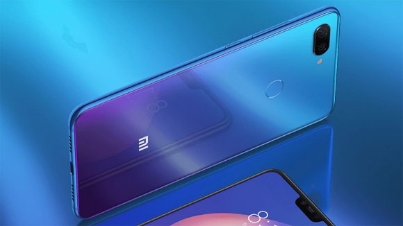 Xiaomi Mi 8 Lite için şahane indirim fırsatı!