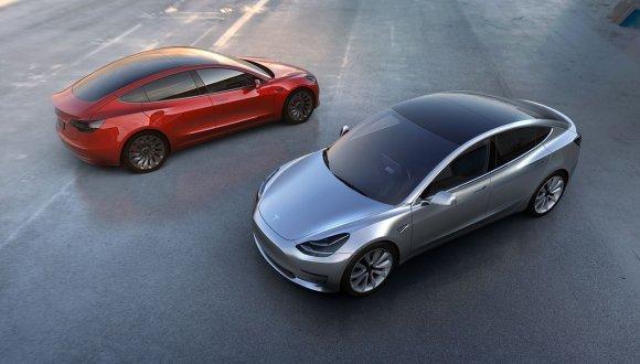 Tesla Model 3 nasıl üretiliyor? (Video)