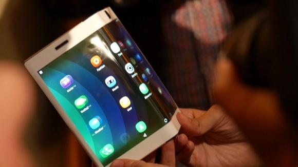 Lenovo yeni katlanabilir tablet patenti sızdırıldı!
