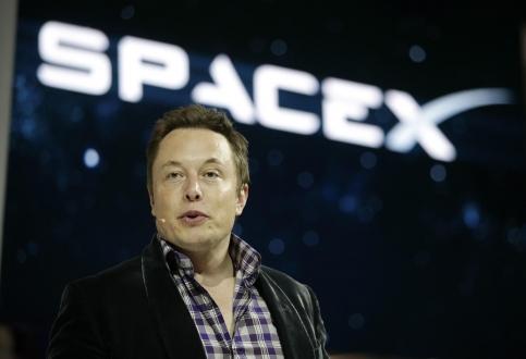 Elon Musk, çalışanlarının bir kısmına kapıyı gösterdi!