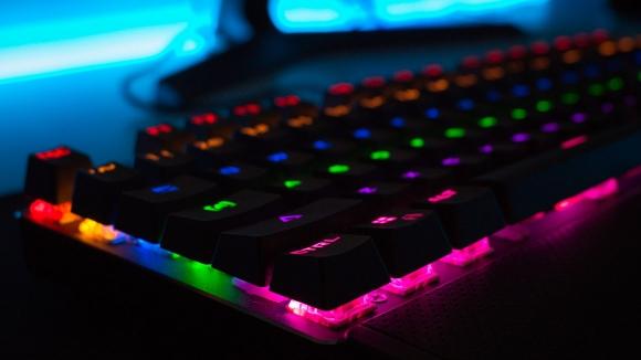 Bilgisayar dünyasında KDV indirimi başladı!