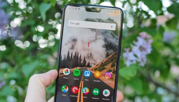 OnePlus 6 / 6T sosyal medya sorunu ile gündemde!