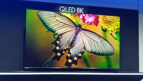 98 inçlik devasa Samsung Q900 QLED 8K TV tanıtıldı!