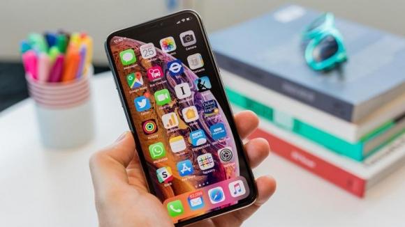 Snapdragon 855, iPhone XS'i geride bıraktı!