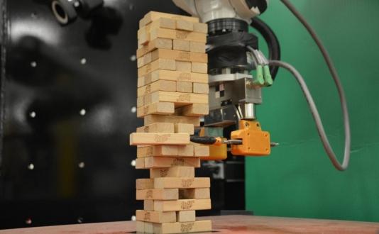 MIT, Jenga oynayabilen robot geliştirdi!
