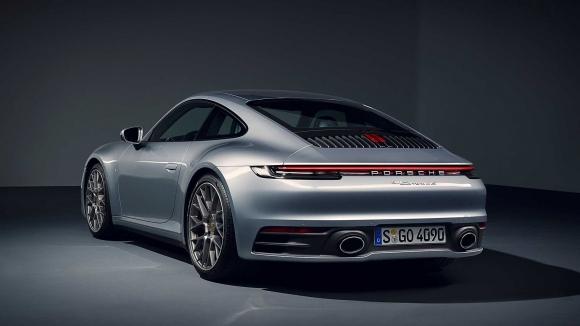 Yeni Porsche 911 Turbo kamuflajsız görüntülendi!
