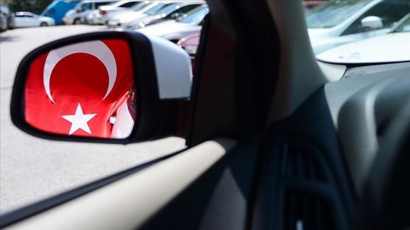 Cumhurbaşkanı Erdoğan yerli otomobil için resti çekti!