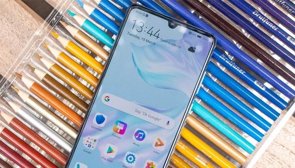 Huawei P30 Pro için ilk güncelleme yayınlandı!