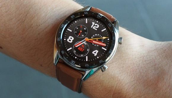 Huawei'den iki yeni akıllı saat geliyor!