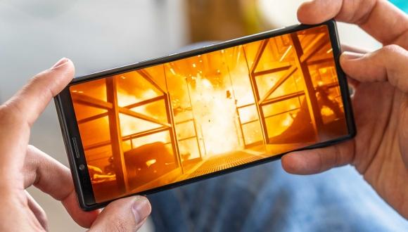 Sony Xperia 1'in ekranı bazı kullanıcıları üzecek!