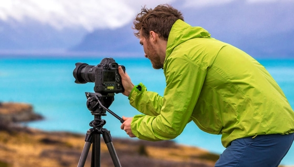 Akıllı telefon ve kameralar için uygun fiyatlı tripod!