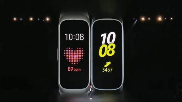 Yeni Samsung akıllı bileklikler resmen görüntülendi!