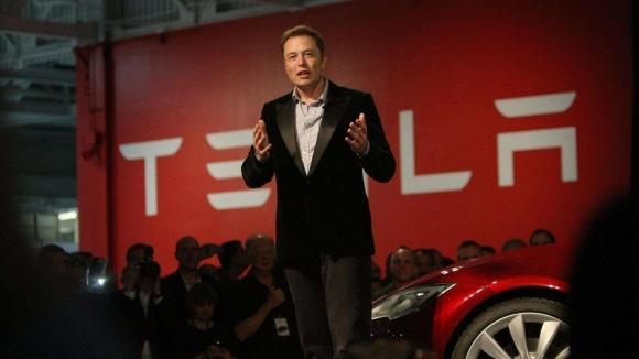 Tesla önemli bir özelliğine zam yapacak!