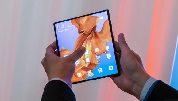 Huawei'den katlanabilir telefon açıklaması!