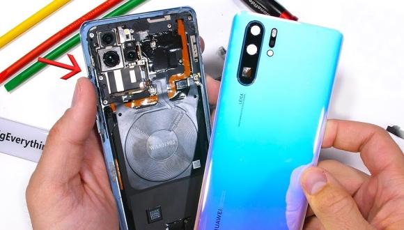 Huawei P30 Pro parçalarına ayrıldı!