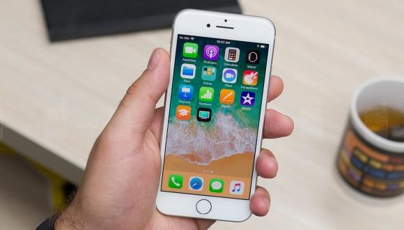 iPhone 8 farklı renk seçenekleri ile Amazon'da!