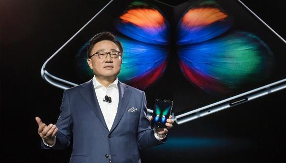 Samsung, Huawei'ye meydan okudu! Lider biziz!