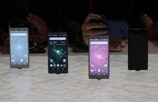 Sony telefon satışları ters yönde rekor kırdı!
