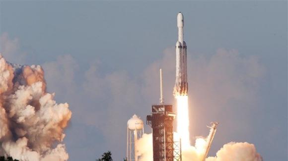 SpaceX Falcon Heavy ikinci defa fırlatıldı!