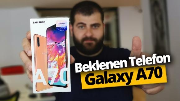 Samsung Galaxy A70 kutusundan çıkıyor!