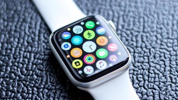 Apple Watch Series 4 ekranı ödül aldı