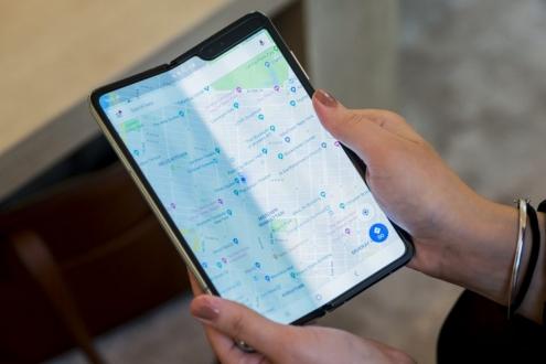 Samsung'tan Galaxy Fold sipariş edenlere e-posta