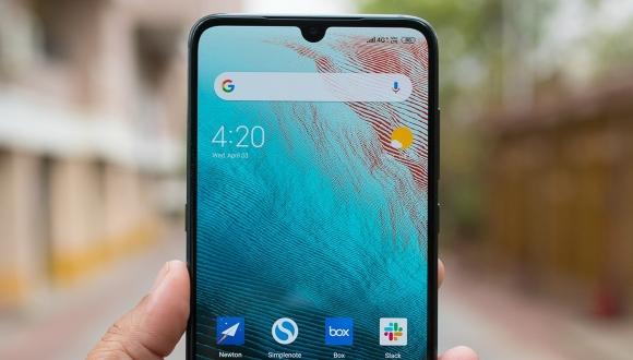 Xiaomi Mi 9T geliyor! Mi 9'un gelişmiş hali!