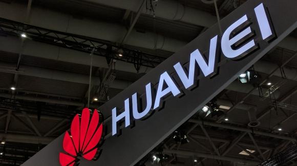 Huawei Matebook, lansmanını ertelendi!