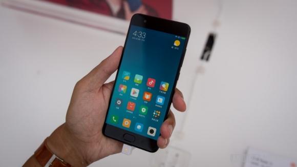 Xiaomi iki önemli telefon serisine son verebilir!
