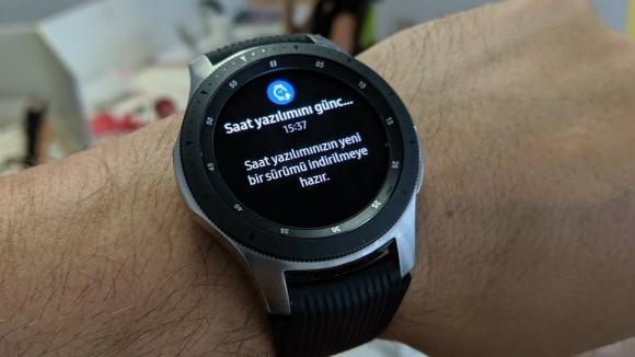 Yeni Galaxy Watch güncellemesi yayınlandı