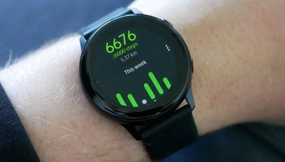 Galaxy Watch Active artık çok daha yetenekli!
