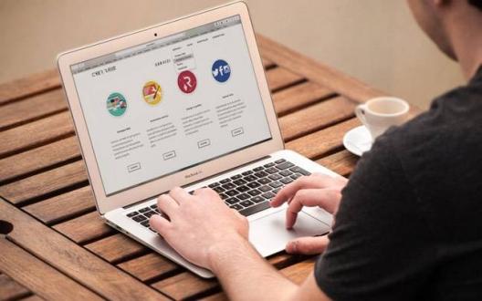 İnternet sitelerinin değişimi: Maziye yolculuk yapın