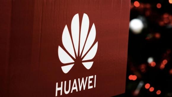 Huawei, el konulan ekipmanları için dava açtı