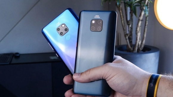 Huawei Mate 30 Pro canlı canlı görüntülendi