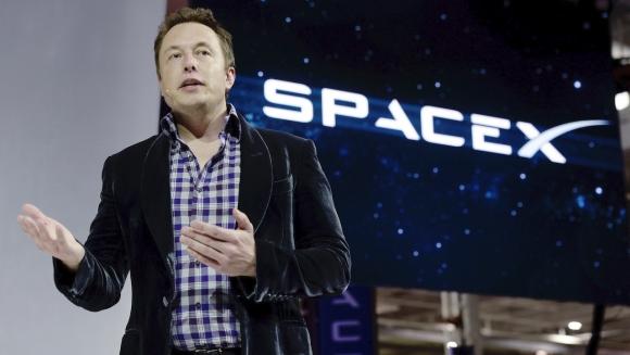 Elon Musk yeni SpaceX roketini tanıttı