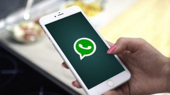 """iOS'te """"WhatsApp medyası silinmiyor"""" iddiası"""
