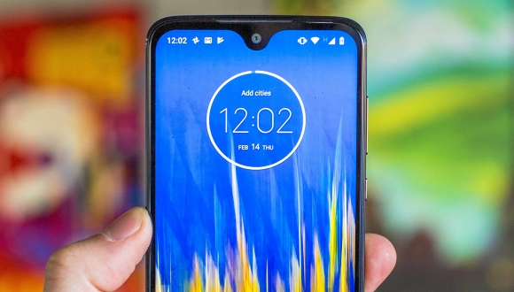 Motorola One Macro performans testinde!
