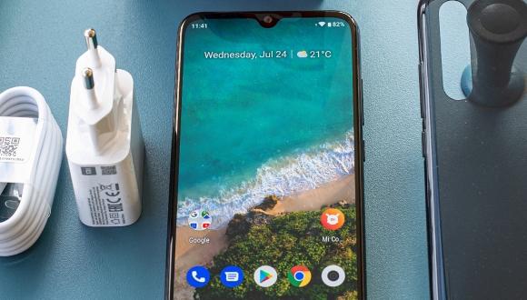 Xiaomi Mi 9 Lite özellikleri ve fiyatı açıklandı