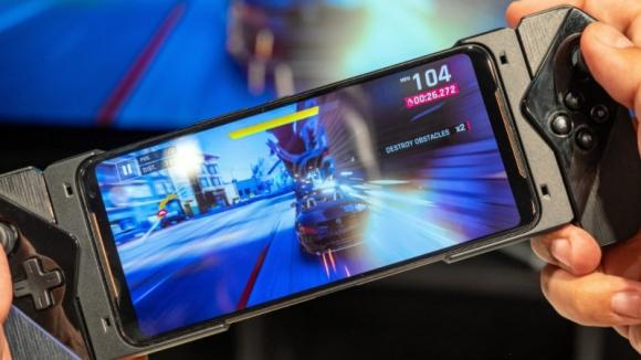 Google, oyuncu telefonları için standart oluşturacak