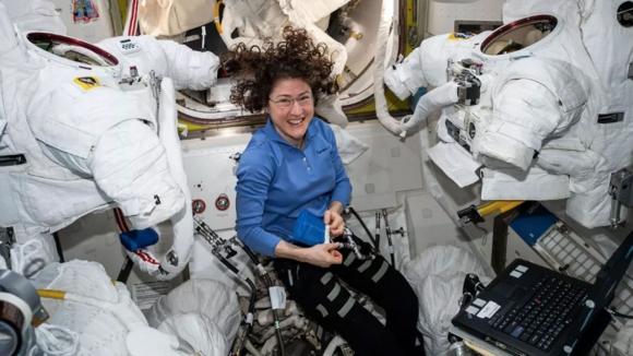 NASA'daki kadın astronotlar bir ilke imza atacak