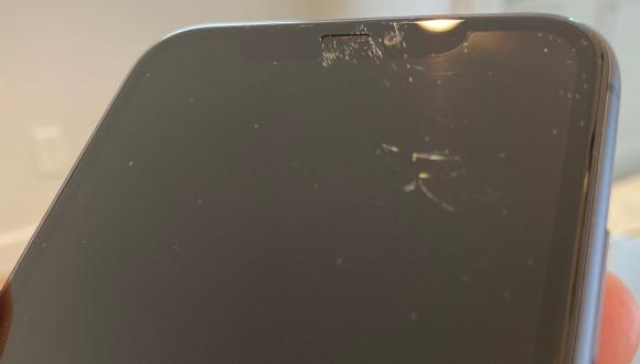 iPhone 11'in ekranı ciddi bir sorun ile gündemde!