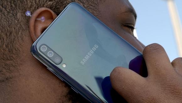 Samsung'dan 5G hamlesi: Galaxy A71 geliyor