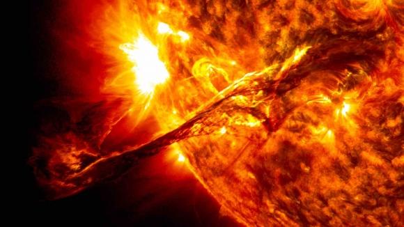 Güneşten 13 kat daha sıcak: Yapay güneş!
