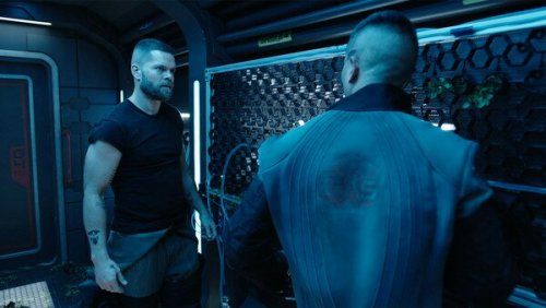 the expanse syfy Amos and Prax gardening