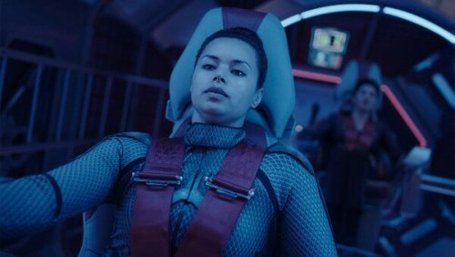 the expanse syfy draper and avasarala on razorback