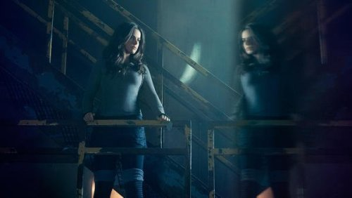 Jennifer Two 12 Monkeys Season 4 SYFY