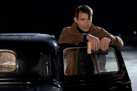 "TIMELESS -- ""Pilot"" -- Pictured: Goran Visnjic as Garcia Flynn"